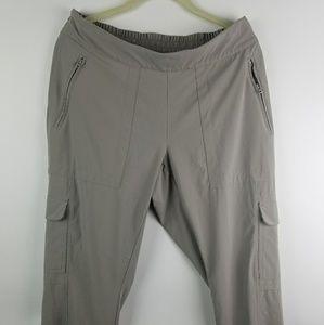 Athleta pants size 12 w zip pockets cargo pockets